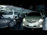 Toyota Yaris - Parking