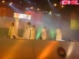 Aishwarya Rai, SRK , Rani Mukherjee- Stage