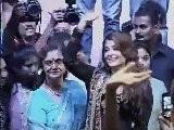 Akshay Kumar And Aishwarya Rai On KBC With Big B - Bollywood News