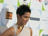 E! News Now Halle Berry Cancels Broadway