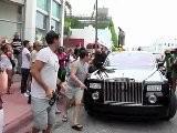 Eva Longoria Shops In Miami