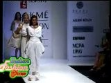 Hot And Sexy Indian Models In Fashion Show