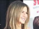Jennifer Aniston To ADOPT A Baby !!