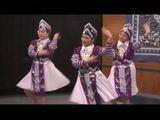 Live Performance By Nkauj Hmoob Huam Pham