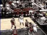 NBA BASKETBALL :Allen Iverson Cross Over On