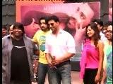 Not The Right Words - Karan Johar & Akshay Kumar - Bollywood News