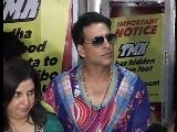 Sonakshi Sinha Gets Torn Between Salman Khan & Akshay Kumar - Bollywood News