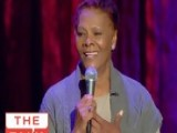 The Talk - Dionne Warwick Performs Live - Season 1 - Episode 135